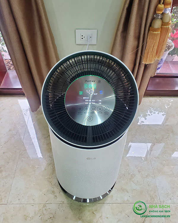 Máy lọc không khí LG PuriCare 360 AS181DAW
