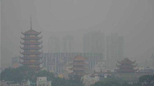 Thành phố Hồ Chí Minh âm u vì ô nhiễm