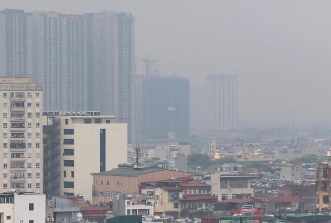Ở căn hộ tầng cao có thật sự được hít thở không khí sạch hơn tầng thấp?